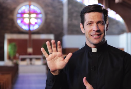 "Altaration-Fr.-Mike-Schmitz-""3-Things-to-Know-About-The-Sign-of-the-Cross""-YouTube-449x304.png"
